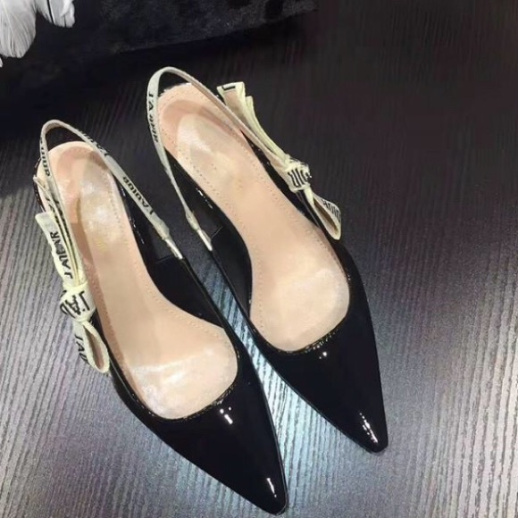 Ladies Black Patent Leather Shoes